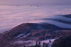 "Last light over inversions - <a href=""http://www.danielrericha.cz"">www.danielrericha.cz </a> <a href=""https://www.instagram.com/danielrerichacz"">I N S T A G R A M</a> 
