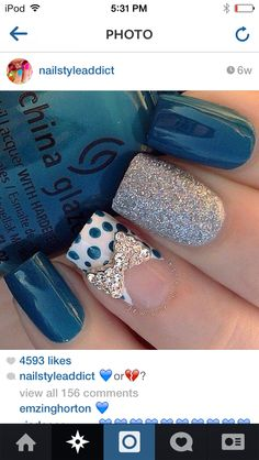 Blue bow nails❤️