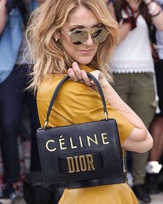 """198 Me gusta, 4 comentarios - Céline Dion by The Red Heads (@celinedionaddicts) en Instagram: """"Everyone thought of it, @dior did it! ❤️ #celinedionlive2017 #celinedion #dior"""""""