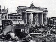 The Brandenburg Gate is one of the most legendary monuments in Europe. Located in the west of Berlin Center, the Brandenburg Gate was inaugurated by King Berlin 1945, Berlin City, Berlin Germany, Germany Area, World History, World War Ii, Greek History, Brandenburg Gate, Tanks