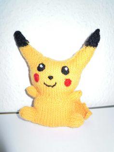 Wollfadengeschöpfe: Gestrickter Pokemon Pikachu