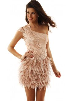 love the feather skirt, v pretty