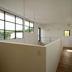 House with the bath of bird: Sakurayama-Architect-Designが手掛けた玄関/廊下/階段です。