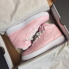 Sneakers femme - Nike Air Force ❤ www.swipenshop.nl ❤