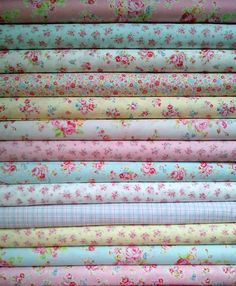 Lecien Antique Flower in Pastel is seriously one of my favorite fabrics!! ohh...