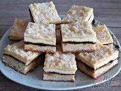 Svatební koláčky na plech | NejRecept.cz Sweet Recipes, Cake Recipes, Czech Recipes, Eclairs, Creative Cakes, Deserts, Food And Drink, Yummy Food, Sweets