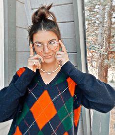 Foto Pose, Rare Photos, Aesthetic Clothes, Kendall Jenner, Fashion Outfits, Fashion Tips, Fashion Hacks, Fashion Clothes, Cool Girl