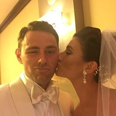 Val Chmerkovskiy dating Nicole Volynets