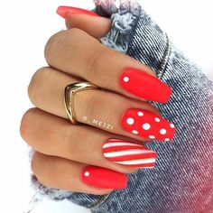 43 Super Cute Nails You Can Totally Do at Home - Nagelkunst Design - Polka Dot Nails, Neon Nails, Nail Art Dots, Stylish Nails, Trendy Nails, Hair And Nails, My Nails, Super Cute Nails, Nails First