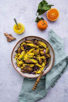 Kurkuma-salat-dressing-vegan-kartoffelsalat-21s Roasted Potatoes, Dressing, Turmeric, Paella, Cakes, Ethnic Recipes, Food, Style, Photography