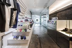 Knock Kitchen & Kicks by Onion, Bangkok – Thailand » Retail Design Blog