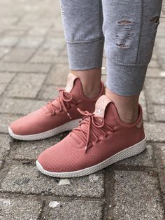sports shoes f3d8f 53a14 Spring 2018 Collection Womens Adidas Pharrell Williams Tennis HU