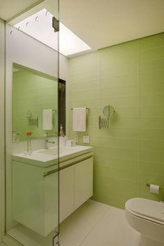 MS apartment: Banheiros clássicos por Studio ro+ca