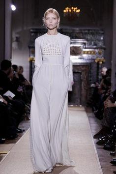 Valentino Couture Spring/Summer Paris 2012-AMAZING!!