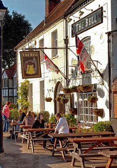 The 17th century Bell Inn In Odiham, Hampshire by Anguskirk, via Flickr
