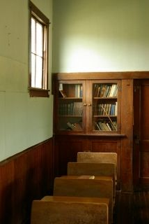 Interior of an Amish School. Wouldn't it be neat to imagine yourself as a young child in a one room schoolhouse? Too bad these young children stop school at 8th grade.