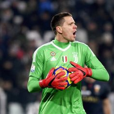 Szczesny Juventus Fc, Goalkeeper, Old Women, Football, Lady, Sports, Quotes, Goaltender, Soccer