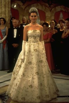 The Princess Diaries (2001) | Comedy ~ Family ~ Romance | She rocks - She rules - She reigns