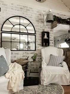 How to Paint a Faux Brick Accent Wall DIY