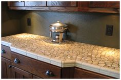 ideas for kitchen tile countertops makeover Shaker Kitchen, Kitchen Tiles, Kitchen Reno, Kitchen Flooring, Kitchen And Bath, Kitchen Remodel, White Cabinets White Countertops, Bathroom Countertops, Granite Countertops