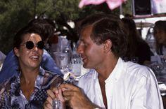 La princesse Caroline de Monaco et son époux Stefano Casiraghi le 1er août 1988 à Saint-Tropez, France.