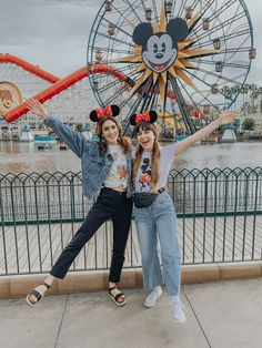 Disney California, California Outfits, California California, Disneyland Paris, Disneyland Outfits, Disneyland America, Disneyland Christmas, Disneyland Photos, Disney World Outfits