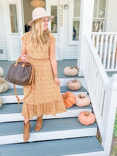 Cute Fall Outfits by popular Houston fashion blog, Fancy Ashley: image of a woman wearing a orange floral print ruffle hem maxi dress, felt hat, tan ankle boots and holding a Louis Vuitton bag. October Outfits, Simply Fashion, Jeans And Sneakers, Faux Leather Leggings, Cute Fall Outfits, Short Sleeve Dresses, Dresses With Sleeves, Vuitton Bag, Louis Vuitton