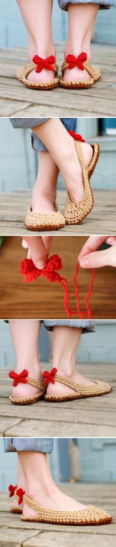 Crochet slingbacks slippers. Perfect crochet shoes for summer!