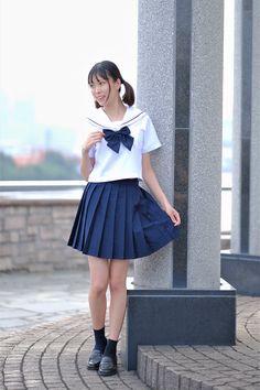 Waist Skirt, High Waisted Skirt, Brown Loafers, Cute Asian Girls, School Uniform, Portrait, Skirts, Google, Fashion