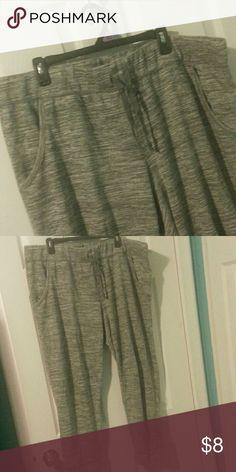 YOGA PANTS LIKE NEW. GREY/WHITE.  ANKLE LENGTH. WIDER LEG. ROOMY. Pants Track Pants & Joggers