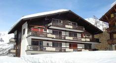 Haus Amor - 3 Star #Apartments - $63 - #Hotels #Switzerland #Saas-Fee http://www.justigo.co.uk/hotels/switzerland/saas-fee/haus-amor-saas-fee_1950.html