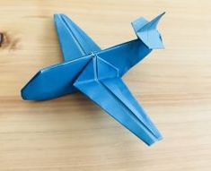 How to fold an origami airplane! Fold a plane like a passenger plane . - For boys - Origami Origami Design, Diy Origami, Origami Modular, Origami Yoda, Origami Star Box, Origami Dragon, Origami Paper Art, Origami Folding, Useful Origami