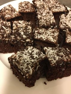 Kokkejævel – Verdens saftigste sjokoladekake! Norwegian Cuisine, Recipes From Heaven, Chocolate Box, Let Them Eat Cake, Cravings, Nom Nom, Food Porn, Food And Drink, Sweets
