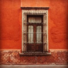 Queretaro in Mexico, amazing colour !