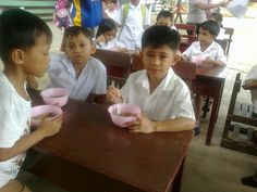 Thanks to you our lunch program started yesterday at Malagos Elem Baguio District school in Davao, Philippines.