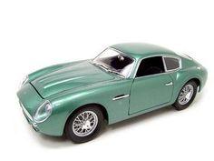 Santas Tools and Toys Workshop: Toy: 1961 ASTON MARTIN DB4 GT ZAGATO GREEN 1:18 DIECAST