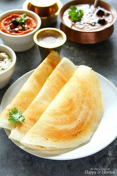 Idli & Dosa are two of the healthiest and most popular South Indian breakfast foods. Learn my fail-proof method for perfectly fermented batter to make crisp dosas and fluffy idlis every time. Healthy Dinner Recipes, Indian Food Recipes, Breakfast Recipes, Cooking Recipes, Ethnic Recipes, Indian Foods, Indian Snacks, Indian Dishes, Healthy Food