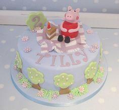 Peppa Pig birthday www.vintagehousebakery.co.uk