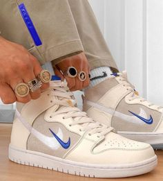 Dr Shoes, Cute Nike Shoes, Swag Shoes, Cute Nikes, Cute Sneakers, Nike Air Shoes, Hype Shoes, Me Too Shoes, Shoes Sneakers
