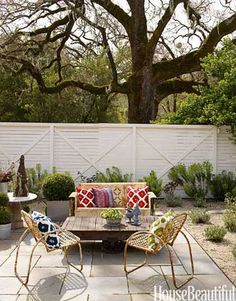 A Living Room Outdoors: Invite guests over, or enjoy this casual outdoor space by yourself with a glass of iced tea.