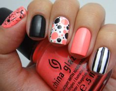 Love the black, white & coral. #nails #nailart