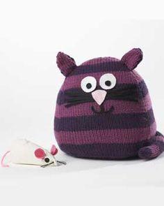 Bernat: Pattern Detail - Super Value - Fat Cat Toy (knit) - free pattern