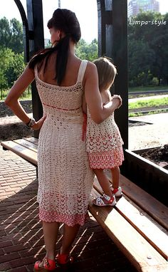 """Ravelry: Limpa's Dresses """"Russian patterns"""" Mom And Baby Dresses, Mother Daughter Outfits, Modern Crochet, Mommy Style, Blouse Dress, Crochet Fashion, Crochet For Kids, Crochet Designs, Crochet Clothes"""