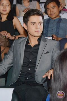 "ThisTimePremiereNight-JaDine-21 - James Reid and Nadine Lustre at the jam-packed ""This Time"" Premiere Night - Push.com.ph"