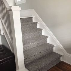 Cheap Carpet Runners For Stairs Referral: 9522786232 Grey Carpet Hallway, Basement Carpet, Wall Carpet, Carpet Stairs, Diy Carpet, Bedroom Carpet, Modern Carpet, Carpet Flooring, Carpet Ideas