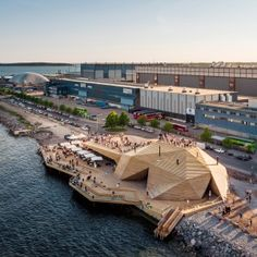 """Avanto Architects builds coastal sauna in Helsinki with a faceted timber """"cloak"""""""
