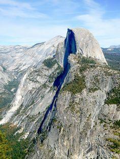 Half Dome at Yosemite National Park - http://livedan330.com/2016/02/17/a-visit-to-yosmite-national-park/