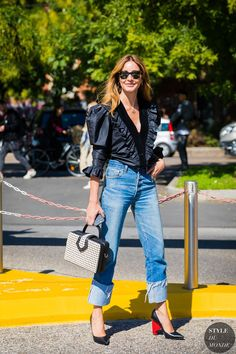 Milan SS 2018 Street Style: Ece Sukan