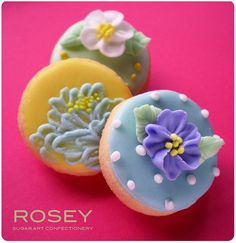flowers on a cookie