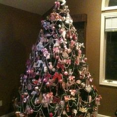 victorian christmas beautiful now if i could convince dave to let me fill our tree with this many ornaments he thinks the amount i ha
